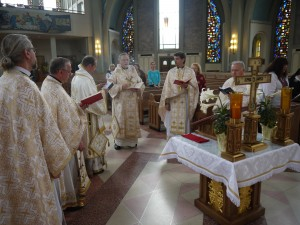 After the Liturgy a Panakhyda was offered for the deceased members of the Providence Association